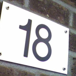 lucka18